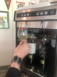 Le distributeur à vins